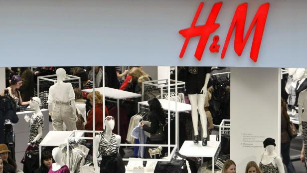 die missglckte bewerbung eines pullovers hat in sdafrika fr proteste in verschiedenen stores gesorgt - Hm Model Bewerben