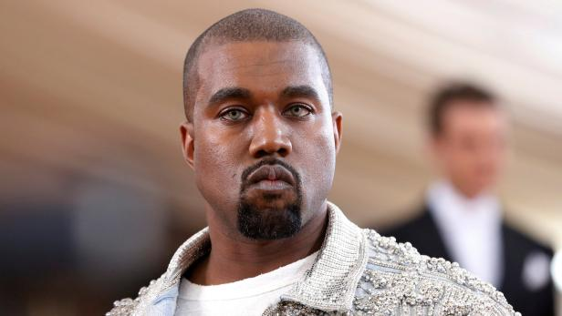 FILE PHOTO - Entertainer Kanye West arrives at the Met Gala in New York