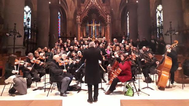 Der Domchor und das Orchester der Dommusik laden zu Benefizkonzerten zum Muttertag ein