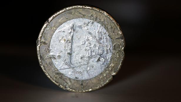 Dubiose Geschäfte Mit Alten Euros Wie Aus Schrott Geld Wird Kurierat