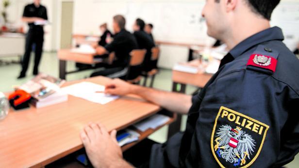 Neue Polizisten Das Niveau Sinkt Ab Kurierat