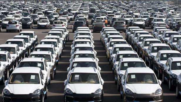 abgasskandal: mercedes und opel rufen autos zurück   kurier.at
