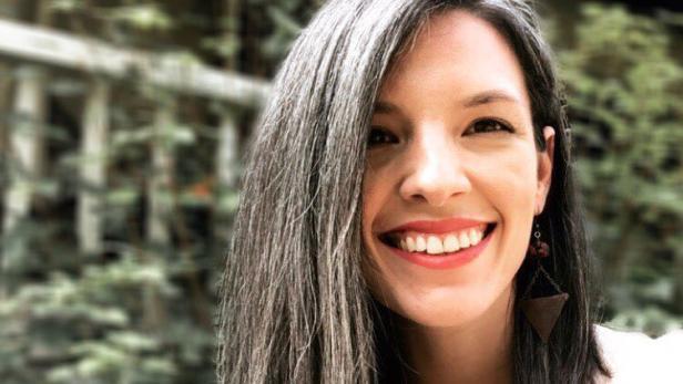 Haare frauen graue Graue Haare: