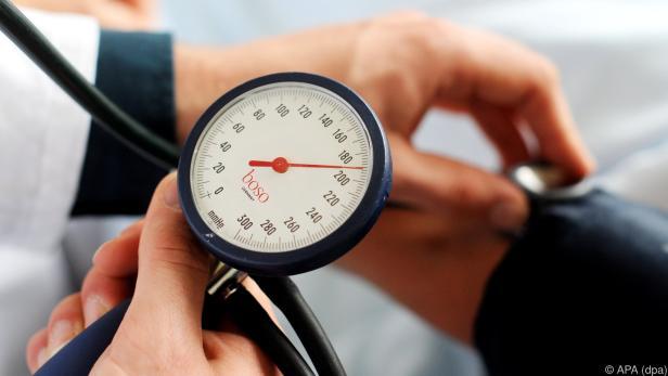 Man sollte seinen Blutdruck im Auge behalten