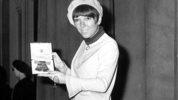 5a3e35ac1246 Minirock-Erfinderin: Die Frau, die den Stil der Sechziger prägte ...
