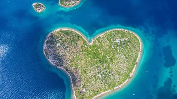 Valentinstag Inseln Fur Verliebte In Herzform Kurier At