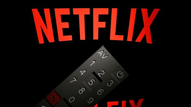FILES-US-ENTERTAINMENT-FILM-OSCARS-TELEVISION-INTERNET-NETFLIX