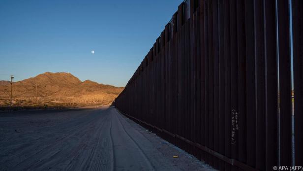 Pentagon unterstützt Trumps Pläne einer Grenzmauer zu Mexiko