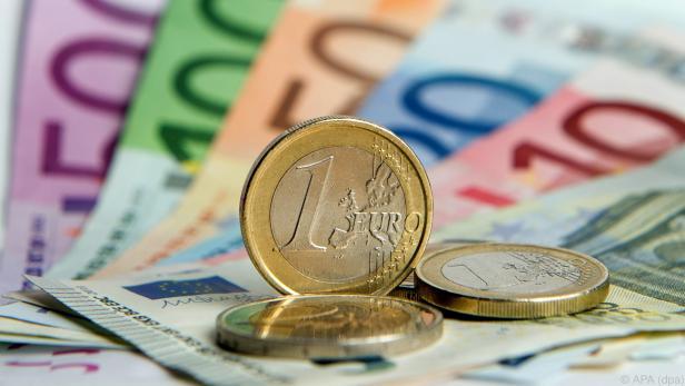 Niedrige Rohstoffpreise drücken Inflation