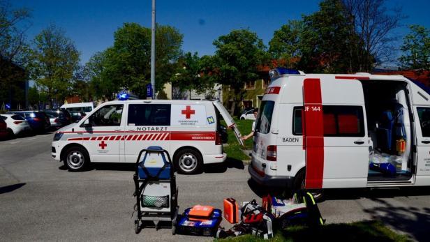 Kind in Baden von Kleinbus erfasst: Bub starb im Spital