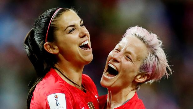 Us Fussballerinnen Kampfen Um Finanzielle Gleichbehandlung