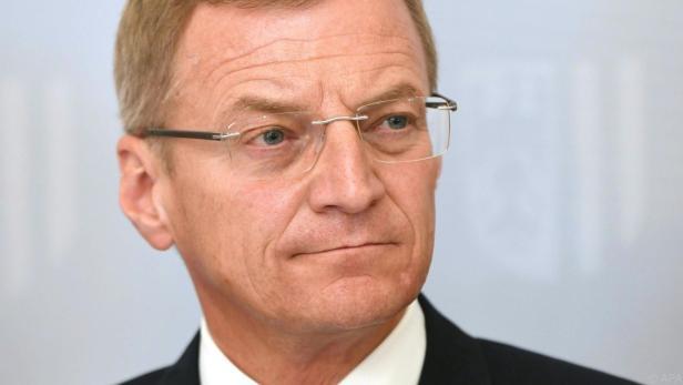 LH Stelzer unterstützt einen Vorschlag von Ex-Ministerin Schramböck