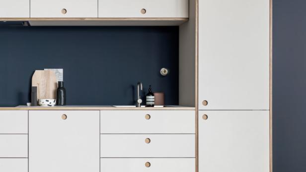 Wie man mit Ikea-Hacks günstig zu einer Designer-Küche kommt ...