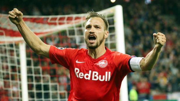 FUSSBALL-CHAMPIONS-LEAGUE: RED BULL SALZBURG - KRC GENK
