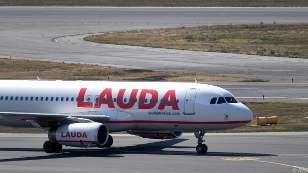 Tochter Lauda mit Riesenverlust, Ryanair dafür nahe am Milliardengewinn