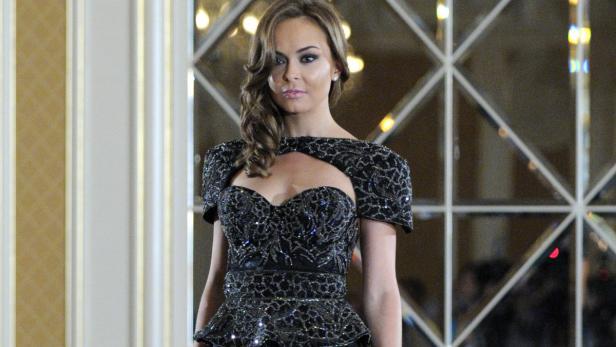 Teuerstes kleid der welt  4,4 Millionen Euro: Das teuerste Kleid der Welt   kurier.at