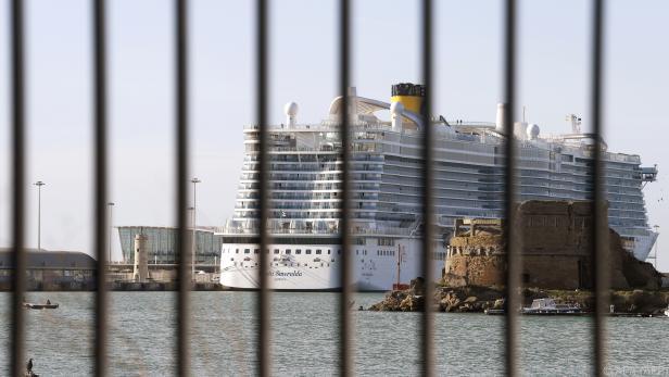 Kreuzfahrtschiff in Italien wurde stundenlang blockiert
