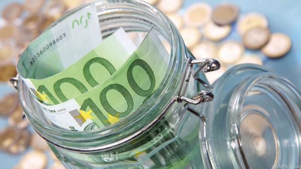 Steuereinnahmen fielen um knapp 500 Mio. Euro höher aus als erwartet