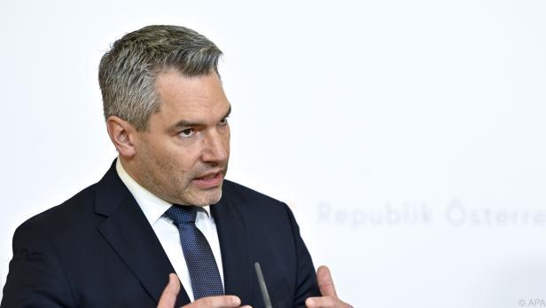 "Innenminister Nehammer wehrt sich gegen ""Fake News"""