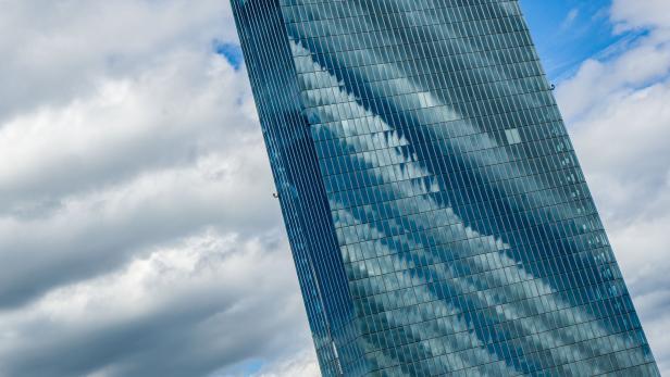 Wolken und die EZB