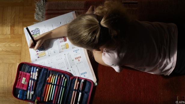 Plattform schafft Überblick bei Hilfen für Kinder im Heimunterricht