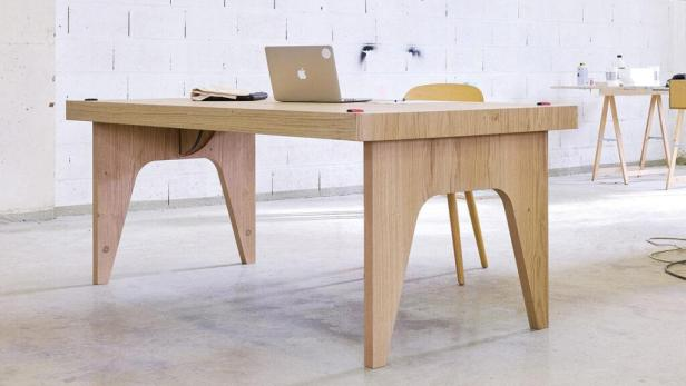 flying-table-jcpcdr01-1024x576