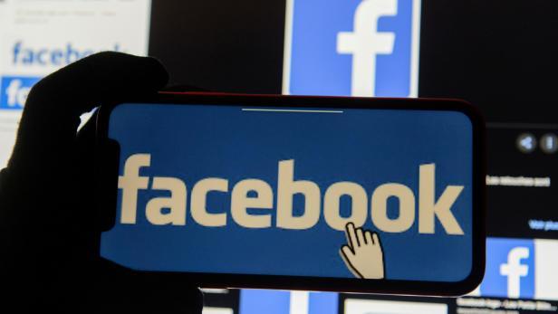 FILE PHOTO: Facebook logos