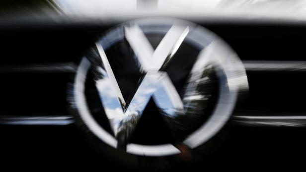 FILE PHOTO: Hearing over VW diesel emissions cheating scandal, in Braunschweig