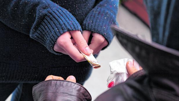 Drug dealer taking money