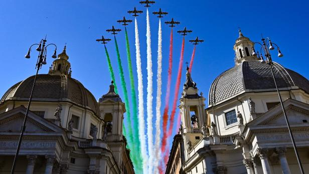 ITALY-HEALTH-VIRUS-REPUBLIC-DAY