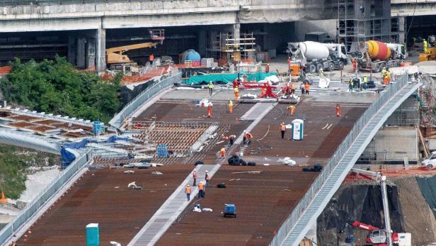 Genoa new motorway bridge construction site