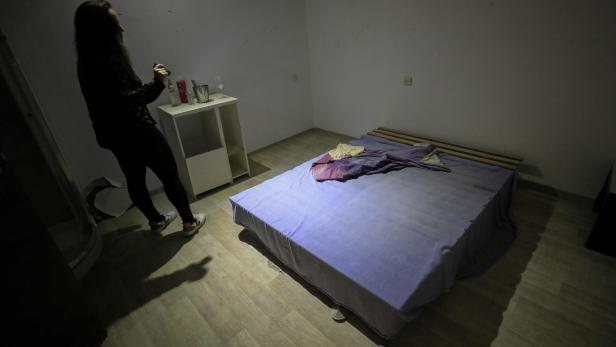 ISRAEL-SOCIAL-PROSTITUTION-WOMEN