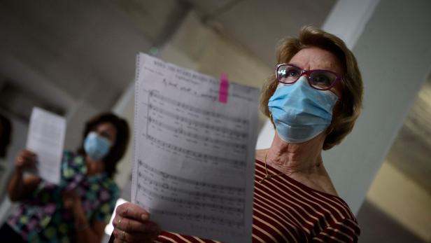 SPAIN-VIRUS-HEALTH-PANDEMIC-MUSIC