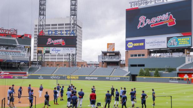 Atlanta Braves summer camp workouts