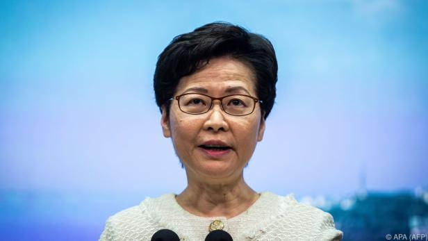 Lam begründete den Schritt mit steigenden Infektionszahlen