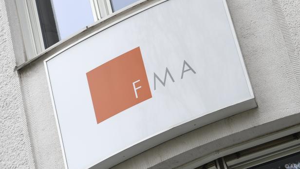 Die FMA schaut der kleinen Bank auf die Finger