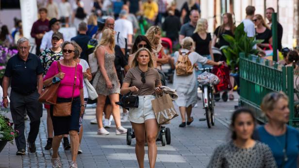Schweden: Vom Buhmann zum Covid-Musterland?   kurier.at