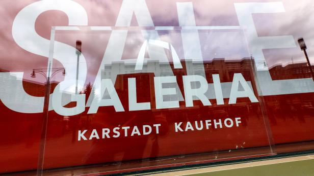 Letter of intent signing on the continuity of Galeria Karstadt Kaufhof branches in Berlin