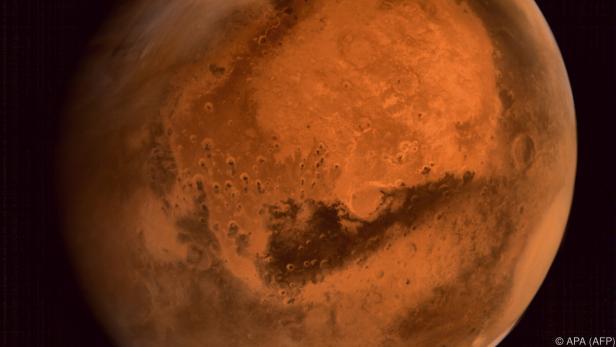Alle 780 Tage nähern sich Erde und Mars einander an