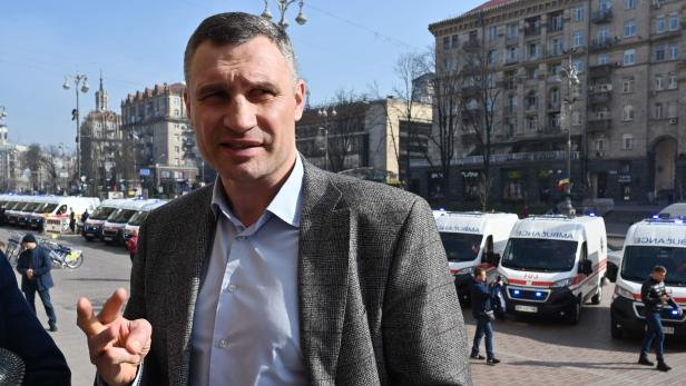 FILES-UKRAINE-HEALTH-VIRUS-POLITICS