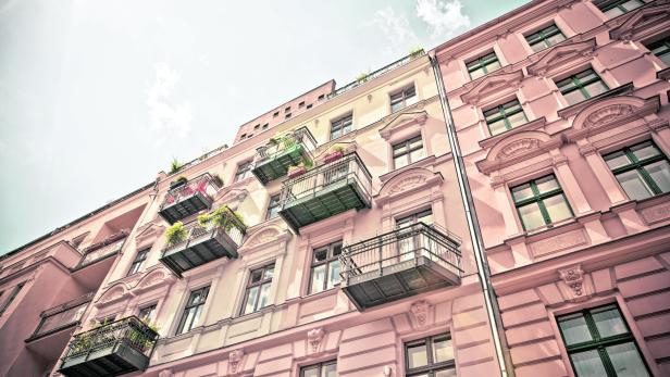 Summertime, Apartment Houses in Berlin