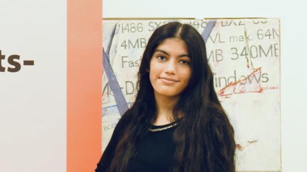 Rawina, 15, aus dem Gymnasium Geringergasse