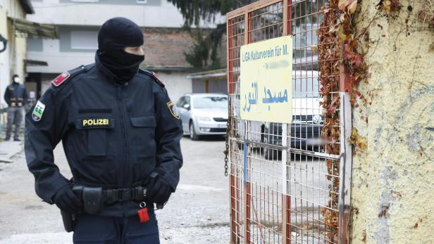 """STEIERMARK: OPERATION """"LUXOR"""" -  RAZZIA GEGEN MUSLIMBRUDERSCHAFT UND HAMAS IN GRAZ"""