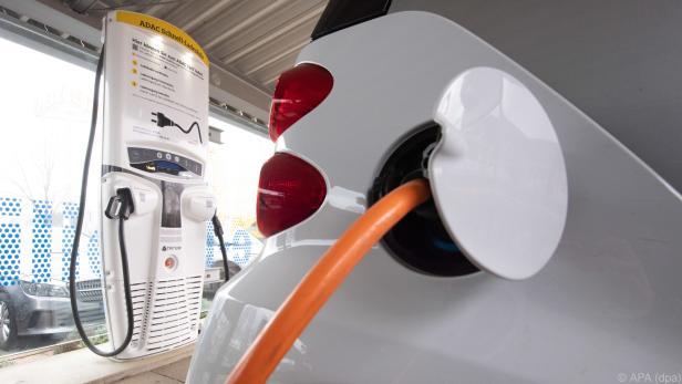 Bis 2030 30 Millionen emissionsfreie Autos