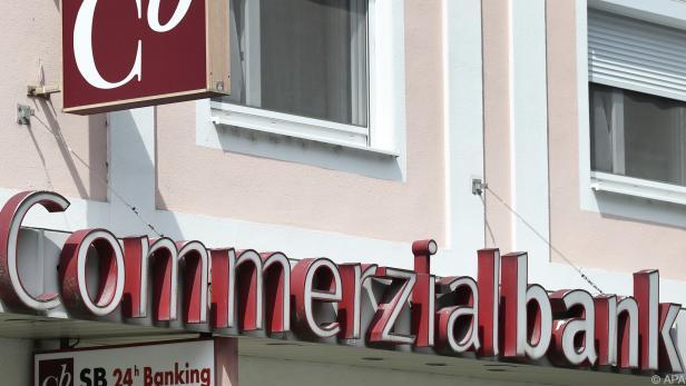 Allein die Commerzialbank-Pleite machte 800 Mio. aus