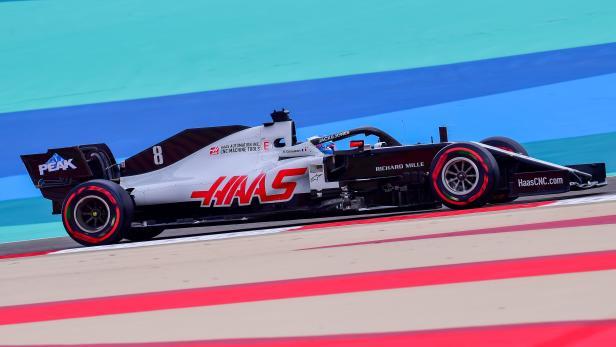AUTO-PRIX-F1-BAHRAIN-PRACTICE