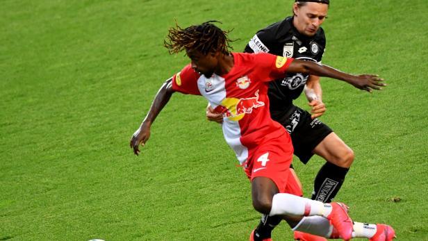 FUSSBALL TIPICO BUNDESLIGA / MEISTERGRUPPE: FC RED BULL SALZBURG - SK PUNTIGAMER STURM GRAZ
