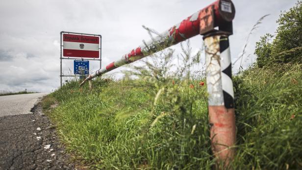 Czech Republic reopens the border to Austria