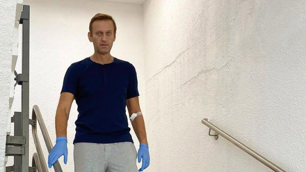 Russian opposition leader Navalny discharged from Charite hospital in Berlin