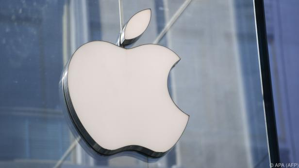 Apple taucht bei Umsatz und Gewinn kräftig an